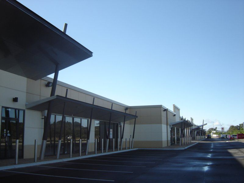 FOR LEASE: SOUTHERN RIVER - RETAIL SHOWROOMS - GROWING SOUTHERN CORRIDOR