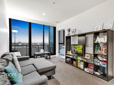 Platinum: Aspire to Live in this Exclusive Southbank Complex
