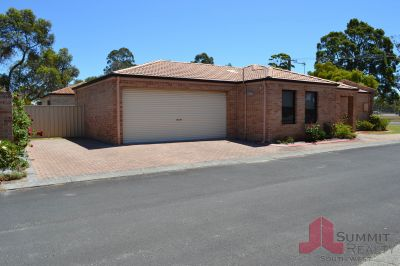FANTASTIC LOCK AND LEAVE PROPERTY!
