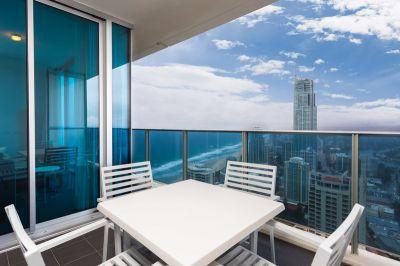 Luxury 2 bedroom in Hilton - Overseas seller