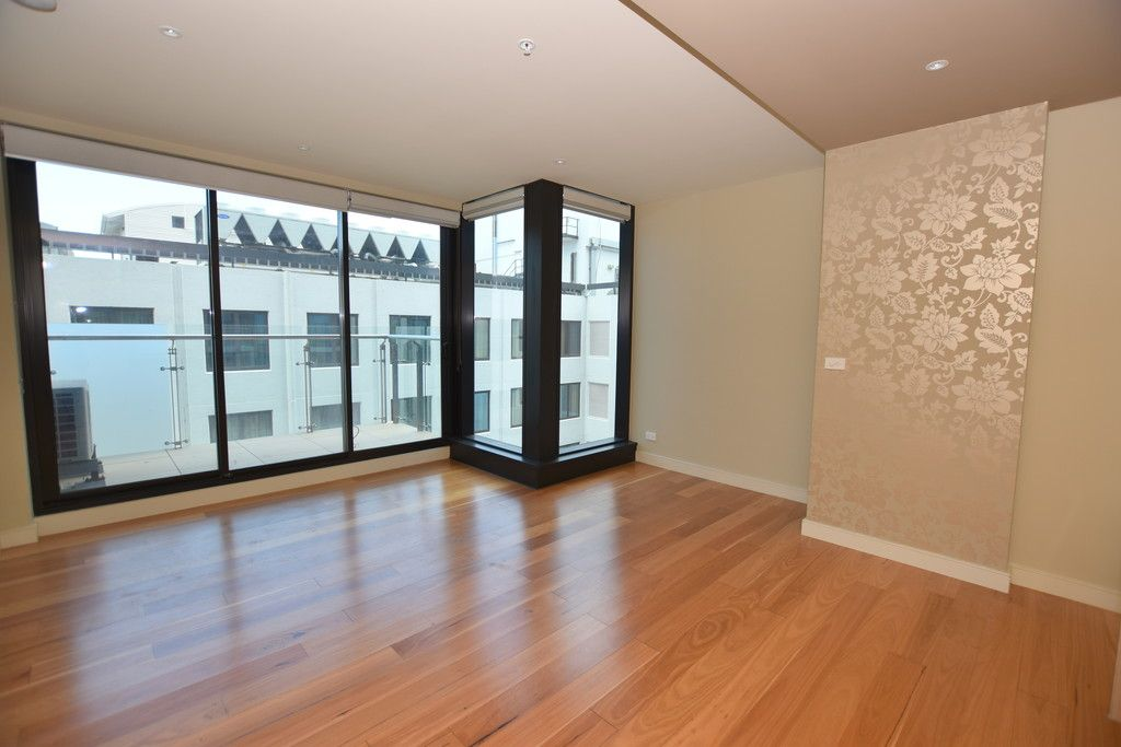 Bright and Modern 1 Bedroom Apartment - Just Minutes to Flagstaff Station and Gardens!