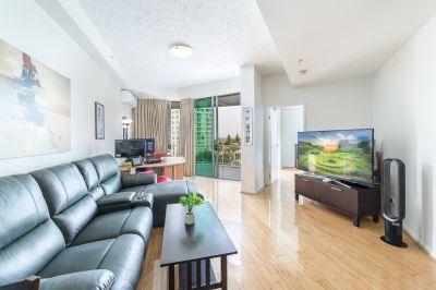 Oversized Renovated 1 Bedroom  Make An Offer!