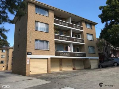 Spacious first level 2 Bedroom Unit.