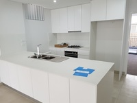 5 BEDROOM HOUSE + STUDIO/OFFICE/RETREAT