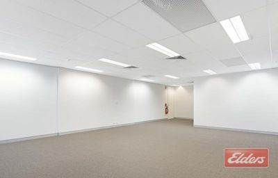 WELL PRICED REFURBISHED OFFICE IN MILTON!