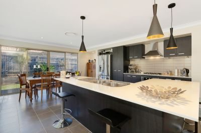Stylish Residence in a Great Location!