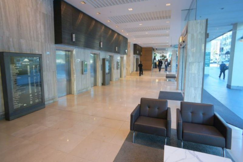 GREAT OFFICE WALKING DISTANCE TO CBD