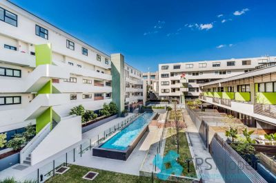EXECUTIVE TWO BEDROOM RESIDENCE IN HIGHLY SOUGHT 'ARTISE2' COMPLEX