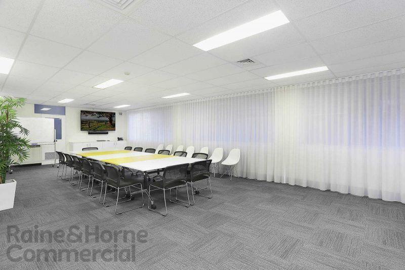 Huge Retail/Office Space in Dee Why CBD