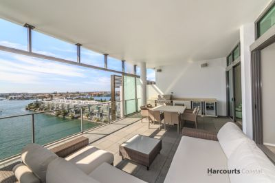 Superb North-Facing Penthouse with Views Forever
