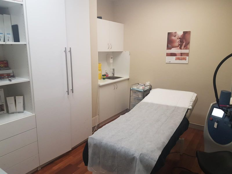 Allied Health Space - Two Treatment Rooms In Broadway Shopping Centre!
