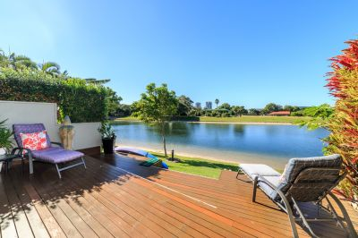 DREAM WATERFRONT LOCATION AND LIFESTYLE