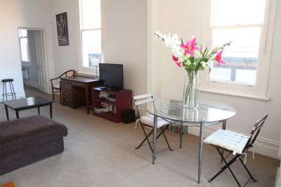 Bright & Spacious One Bedroom Apartment