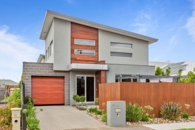 Stylish, Modern, Spacious Family Living!