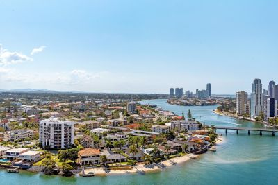 JUST LISTED RIVERSIDE APARTMENT PRICED TO SELL