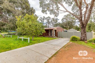 14 Davenport Way, Withers