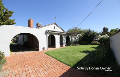 Large 4 Bedroom, 2 Bathroom Home! Perfect Family home or investment opportunity