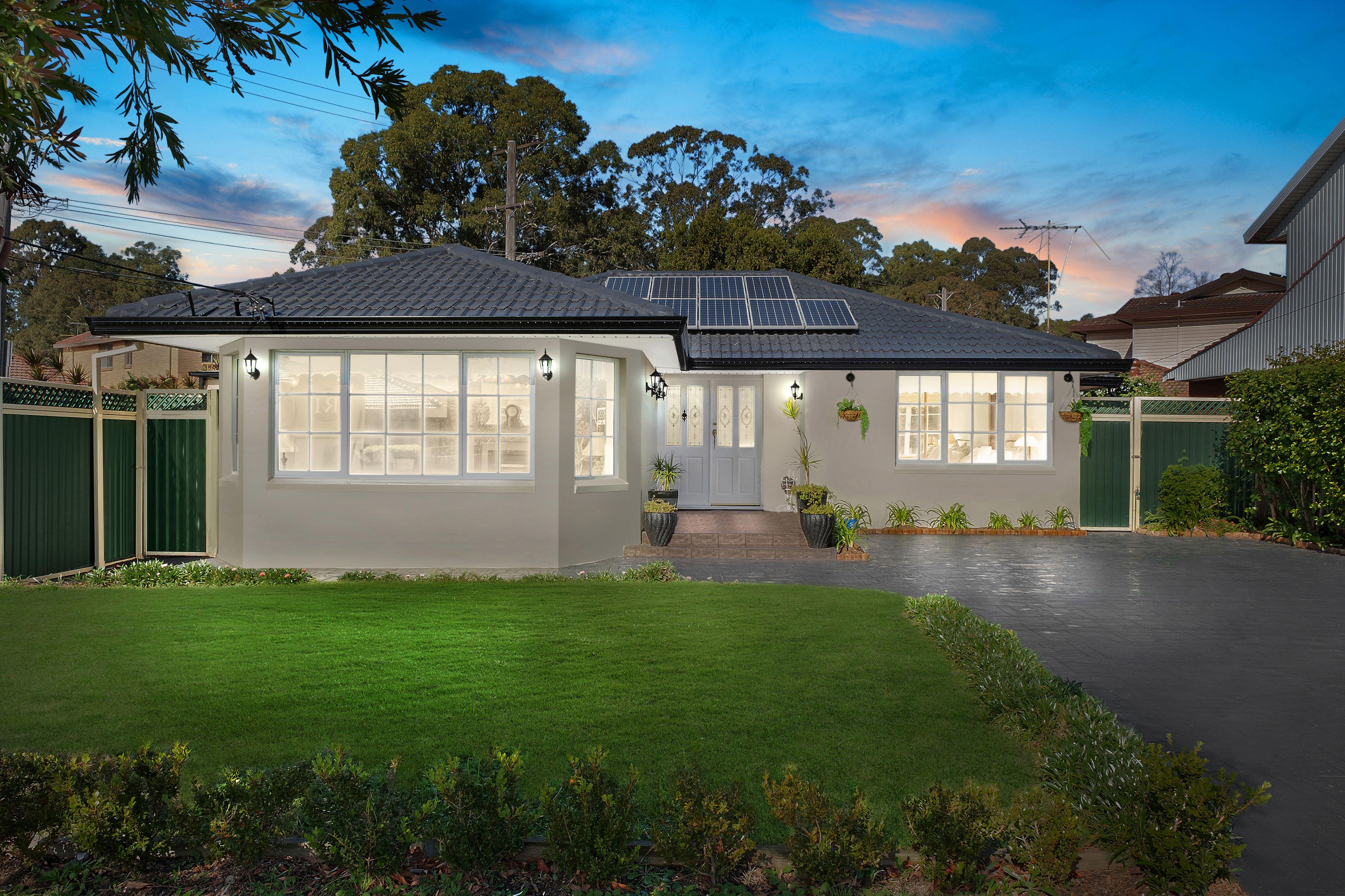 1 Flinders Road, Georges Hall NSW 2198