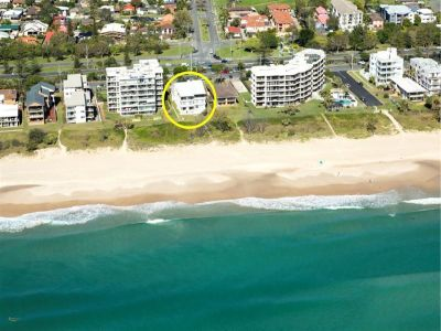 3 Bedroom 'Original' Beachfront Apartment - Deceased Estate