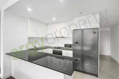 Comfortable & Ultra Convenient Home!