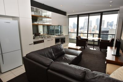 Furnished  Luxury One Bedroom + Study Corporate Apartment!