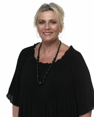 Kelly Sneddon Real Estate Agent