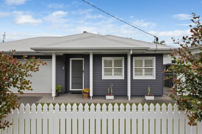 Immaculate home metres from the beach