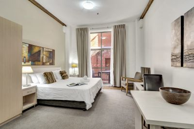 Historic Fully Furnished Studio Apartments