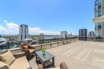 Budds Beach, Light Filled Designer Apartment With Panoramic Views