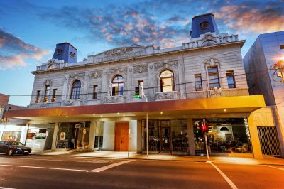 Historical aspects and unbeatable location in the stunning Barkly Theatre