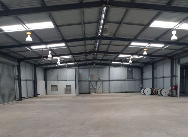 Fabrication Workshop Priced to Lease!