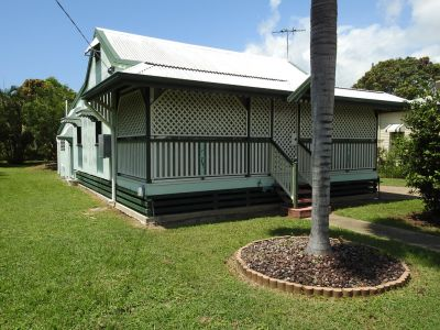 Charming Cottage - Air Conditioned