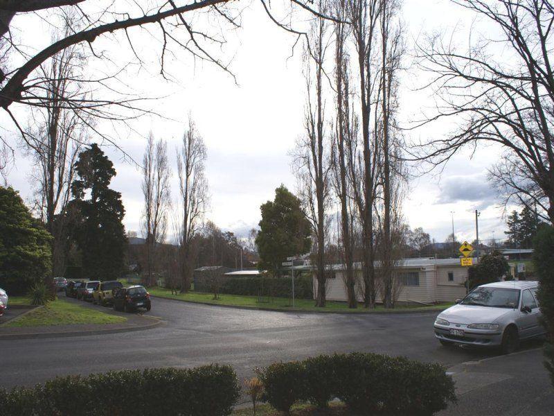 3/3 Longpoint Road
