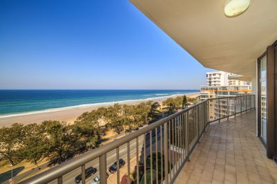 Rarely Available B Style' on the Beachfront