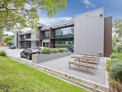 High Quality Office Space on Mona Vale Road Terrey Hills.