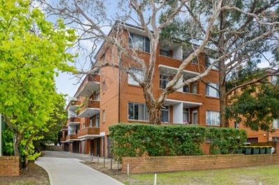 PERFECT APARTMENT IN THE HEART OF ASHFIELD