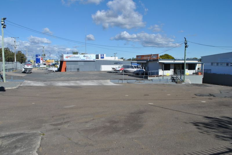 Open Air Display/Sales Yard with Development Potential