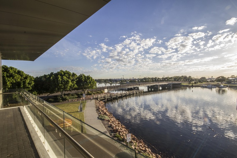 Premium Waterfront A-Grade Office Accomodation