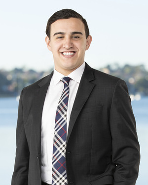 Gabriel Campos Real Estate Agent