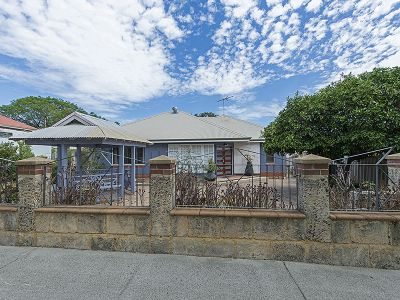 RARE 437sqm STREET FRONT HOME ON TEMPLE