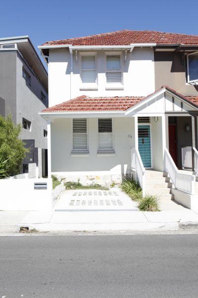 2/3 Bedroom, two story, Semi-detached house in Bondi