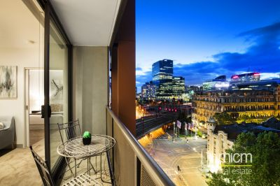 Prized First Home or Investment on Iconic Flinders Street!
