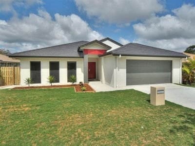 BRAND NEW BEAUTY - COOMERA SPRINGS