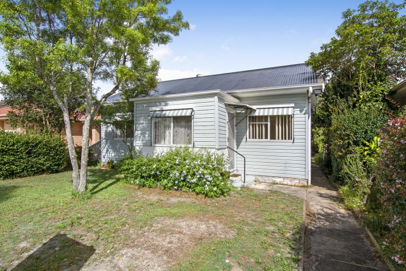 13 Lurline Street Ettalong Beach 2257