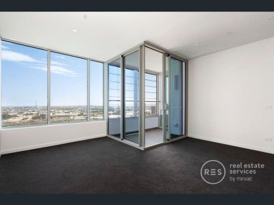 Expansive one-bedroom apartment will surely impress.