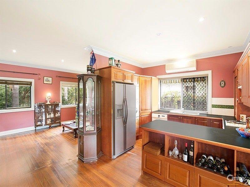 9 Minerva Street, Kirrawee NSW 2232
