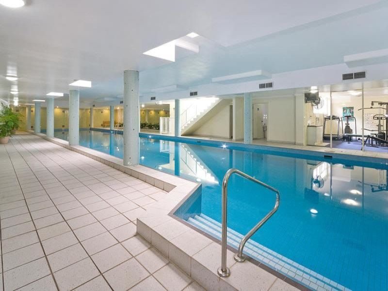 Strata Suite For Sale or Lease in Enviable Location