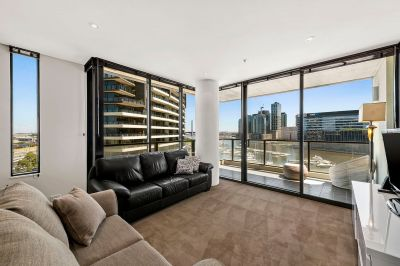 Magnificent docklands one bedroom apartment!!