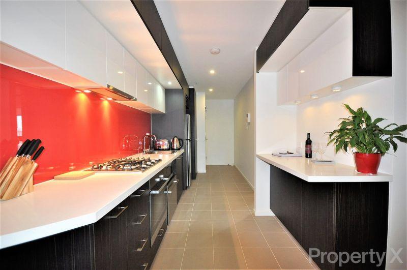 Spacious 2 bedroom with bright cbd views!