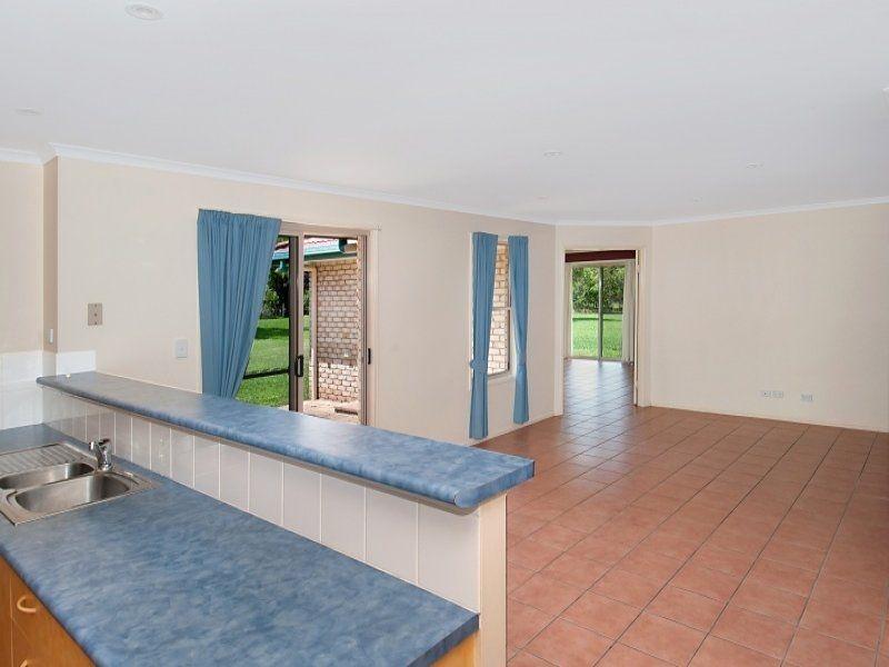 25 Highland Drive, Cooroy QLD 4563